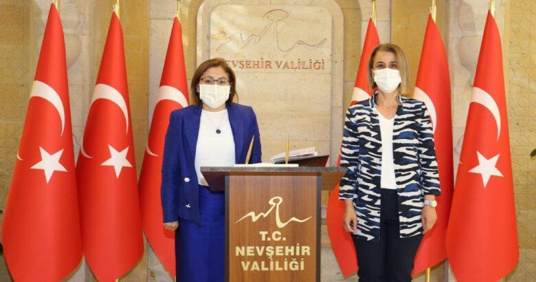 Şahin, Vali İnci Sezer Becel'i Ziyaret Etti