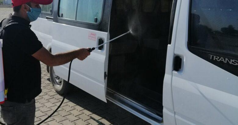 Gülşehir'de okul servis araçları dezenfekte edildi