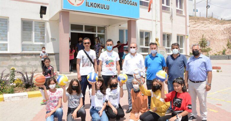 Başkan Bağcı'da etkinliğe destek verdi
