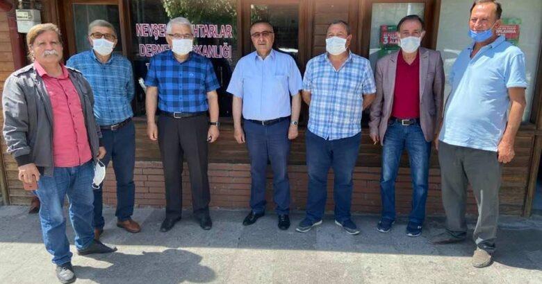 Başkan Gülmez mahalle muhtarlarını ziyaret ediyor