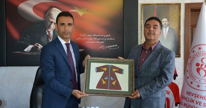 Gençer'den Özdemir'e veda ziyareti