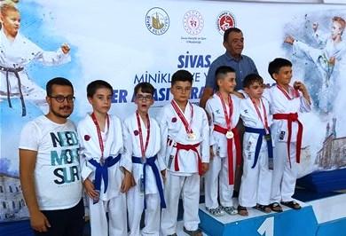 Sporcular Sivas'tan döndü